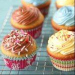 Baking Cupcakes in AYCafe